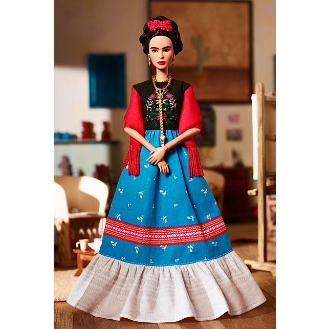 Foto de la nota Frida Kahlo y Lorena Ochoa se convierten en Barbie.